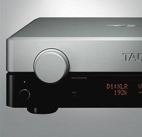 Predojačevalec TAD C2000