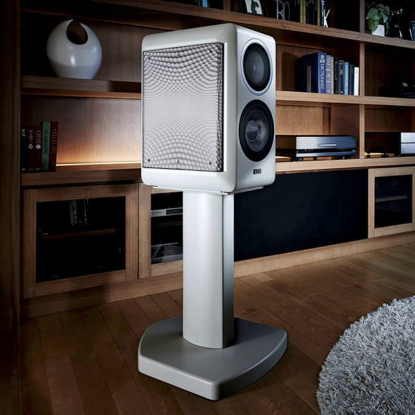 TAD CE1 Speaker Neal Feay Design white
