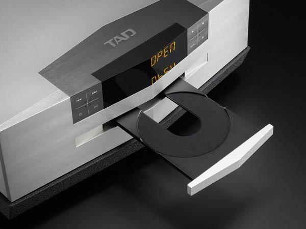 CD / SACD mehanizem TAD D600
