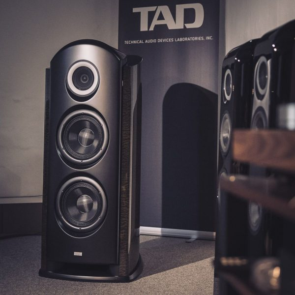 TAD Reference R1TX & E1TX // HiFi Galerie
