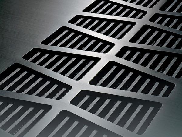 TAD M600 aluminum panel heat ducts